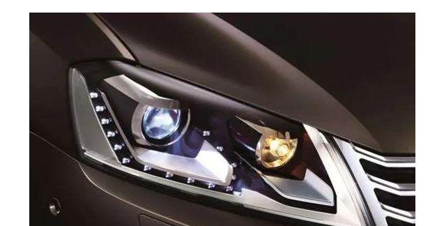 卤素灯在前氙灯在后,又杀出LED激光灯,汽车大灯哪款更强?切脚机